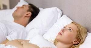 Søvnapneskinne eller snorkeskinne