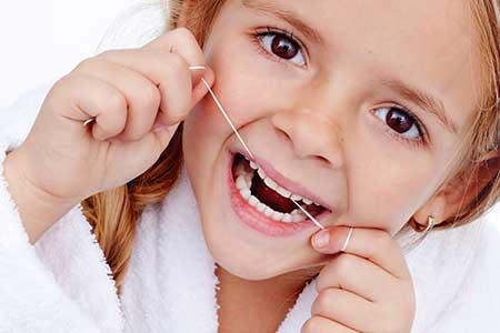 Slurv med tanntråd Smilia Tannklinikk